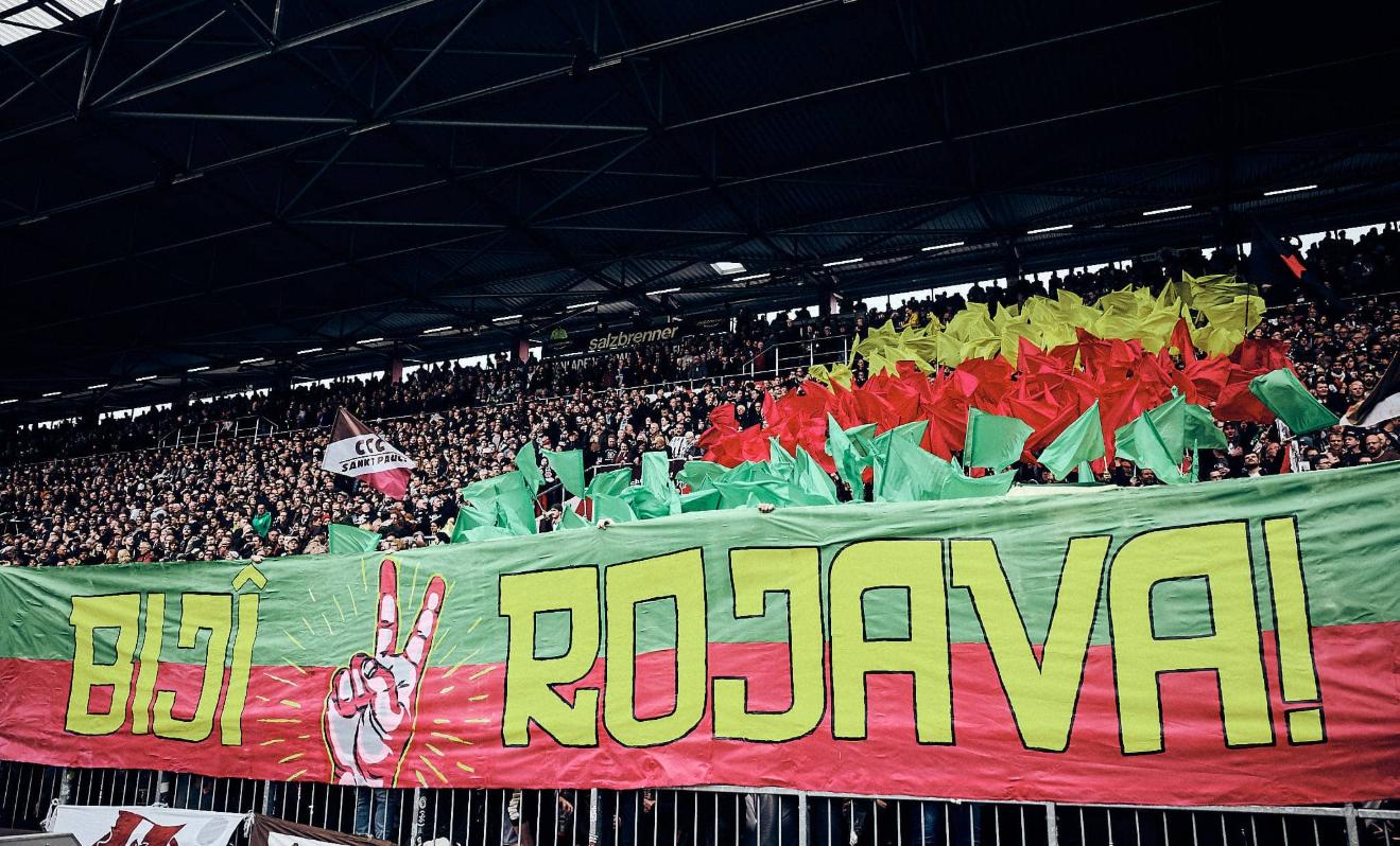 Ziemlich verfahren / Der DFB und die Rojava-Choreo